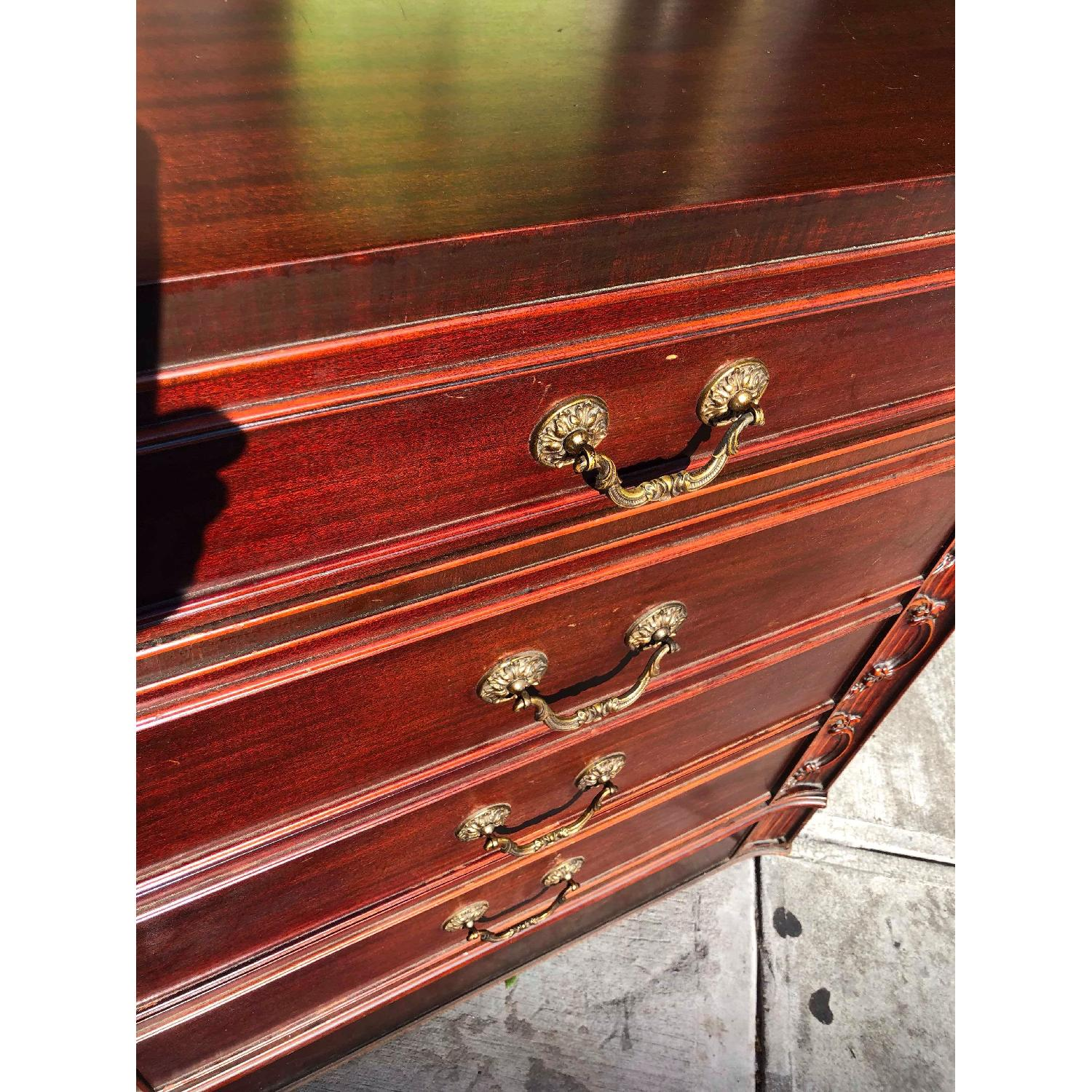 Antique 1930s Cherry Wood Leather Front 8 Drawer Dresser - image-6
