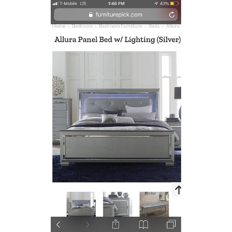 Homelegance Furniture Allura Panel Bed w/ Lighting - image-1