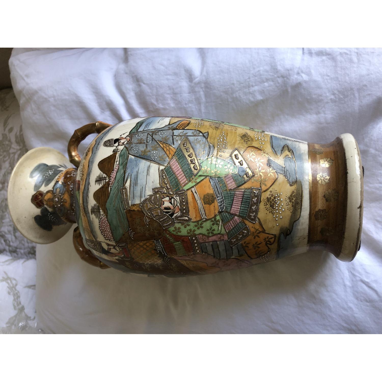 19th Century Chinese Vase w/ Battle Scene - image-5