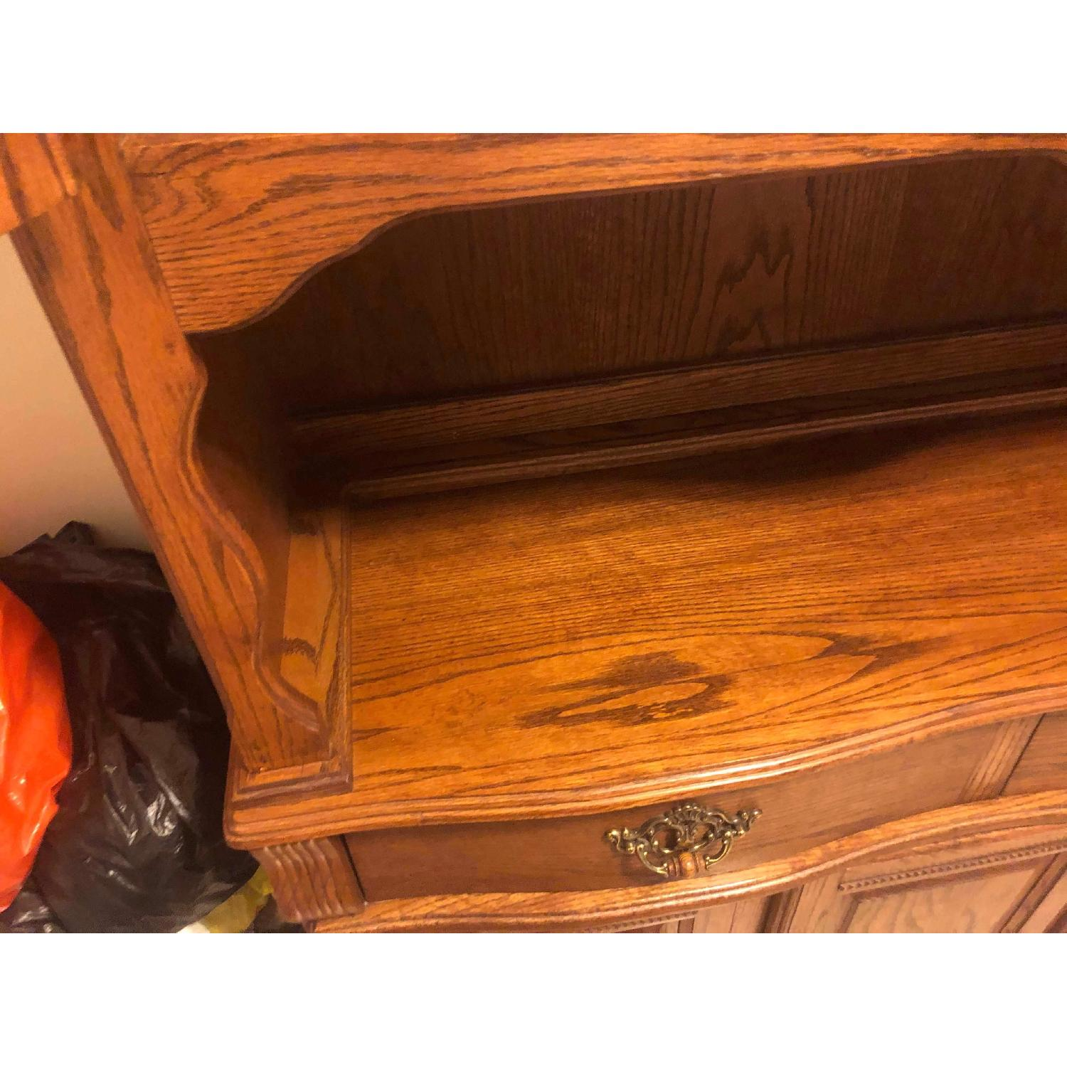 Solid Wood Early American Style Hutch w/ Lights - image-6