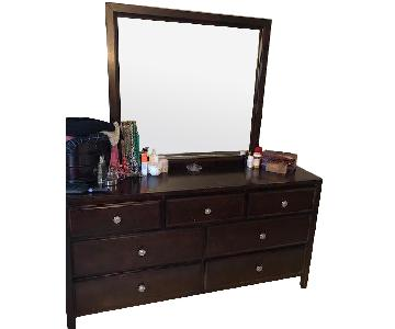 Raymour & Flanigan 7-Drawer Dresser w/ Mirror