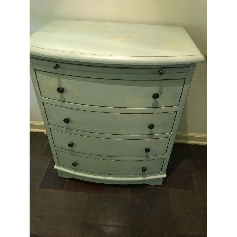 4 Drawer Dresser - image-1