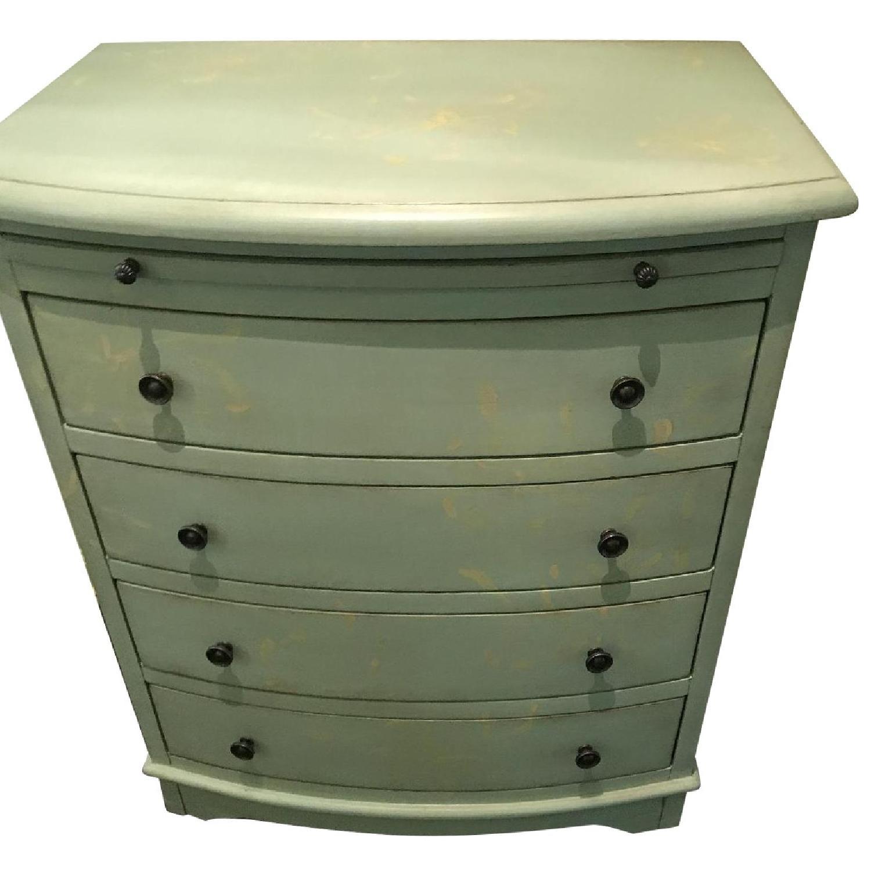 4 Drawer Dresser - image-0