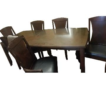Raymour & Flanigan Wood Dining Table w/ 6 Leather Chairs