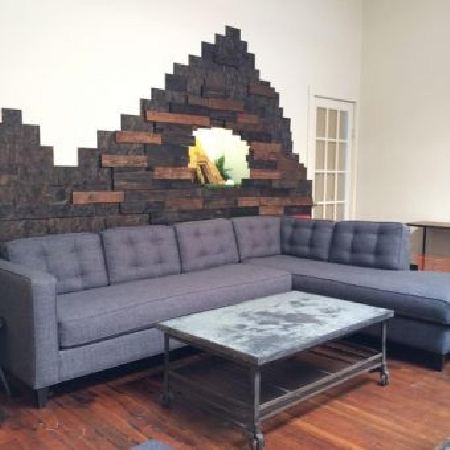 A&G Merch Greenpoint Sectional Sofa