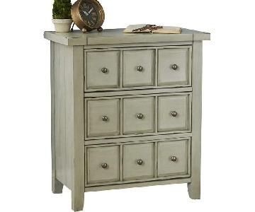 Sienna 3 Drawer Accent Chest/Dresser