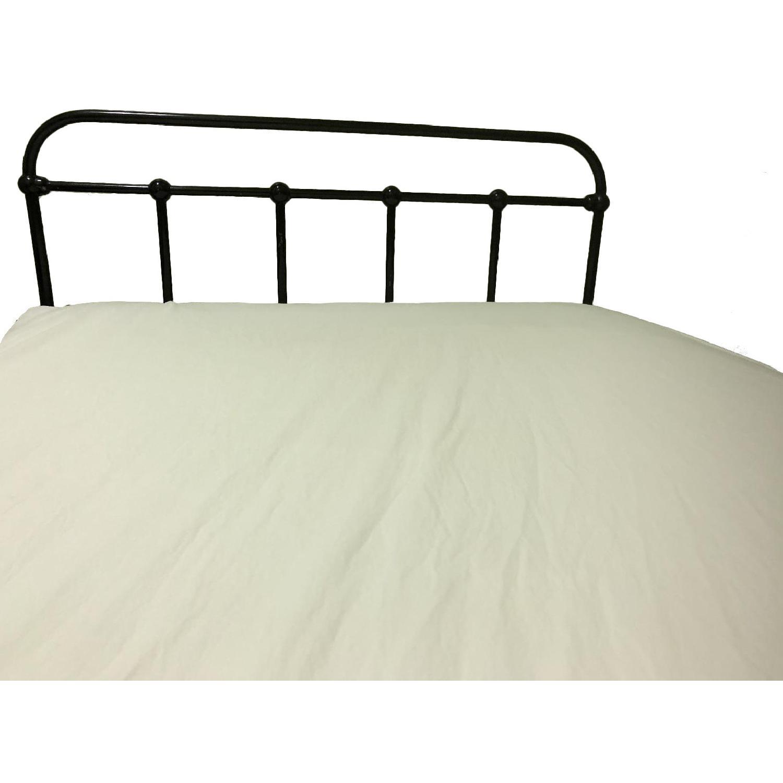 Antique Metal Full Size Bed Frame w/ Headboard & Footboard