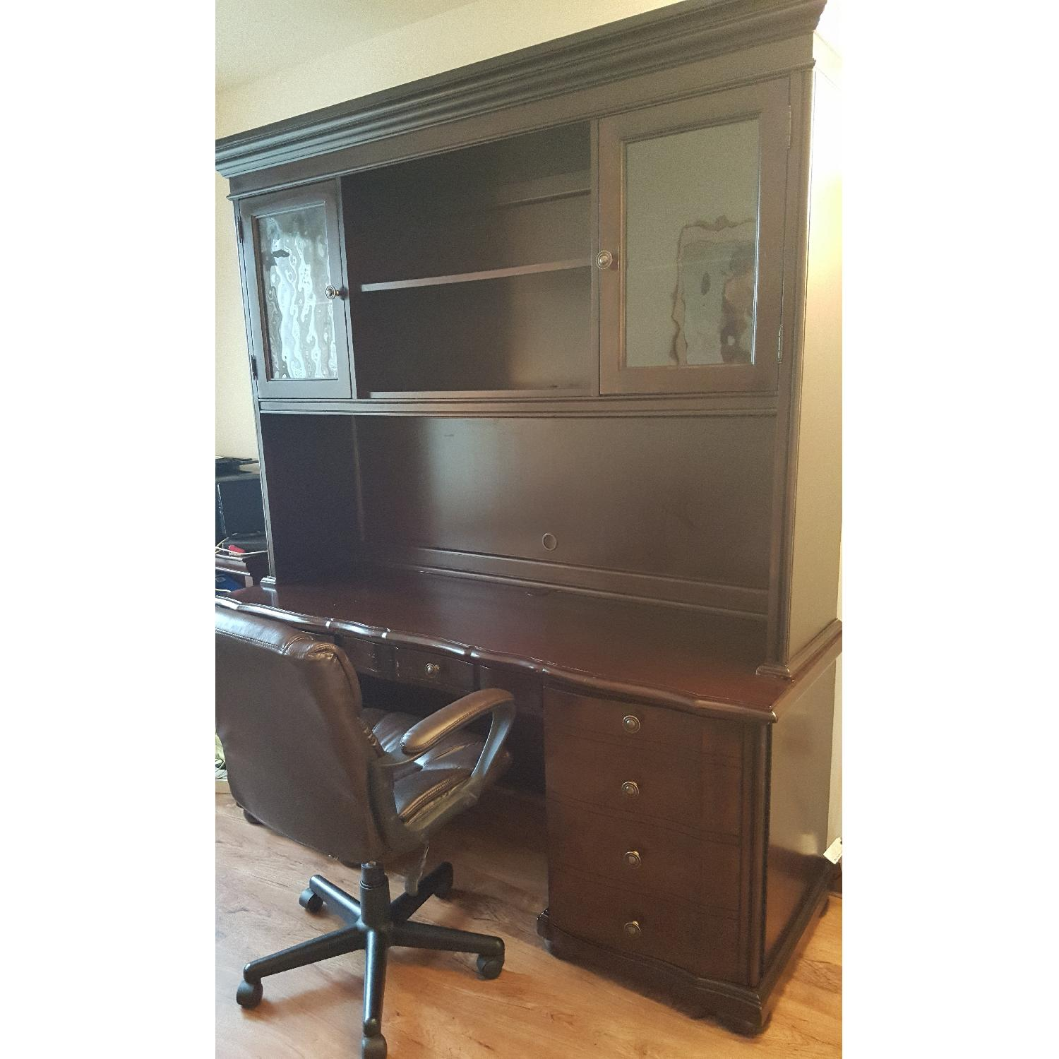 Raymour & Flanigan Desk & Hutch - image-15