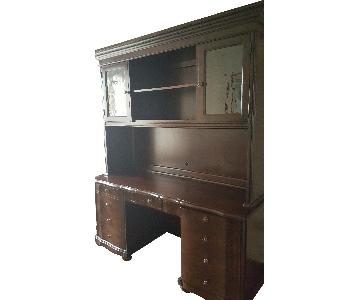 Raymour & Flanigan Desk & Hutch