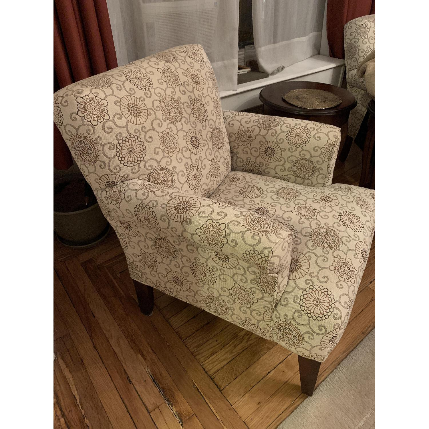 Raymour & Flanigan Accent Chair - image-3