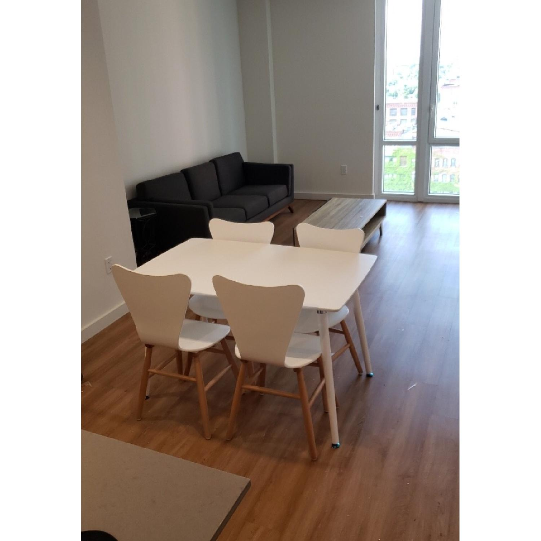 White Mid Century Modern Chairs Aptdeco