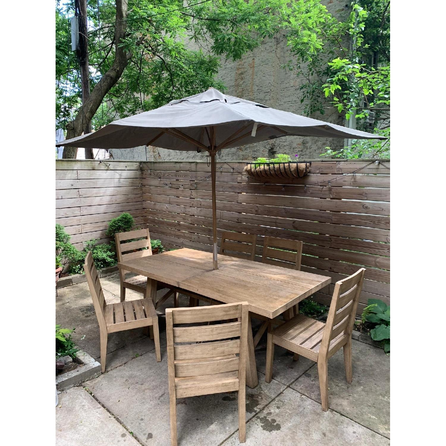 West Elm Extendable Outdoor Dining Table w/ 6 Chairs