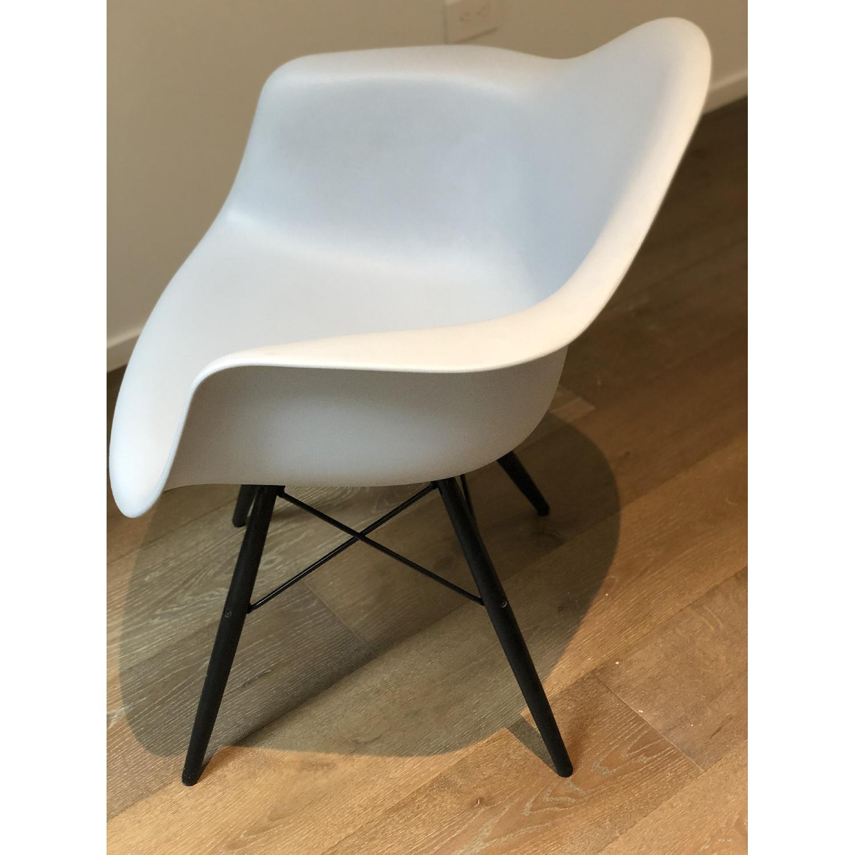 Eames Molded Plastic DAW Dowel-Leg Armchair-1