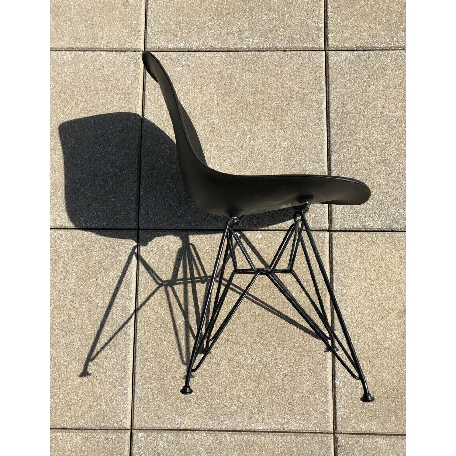 Eames Molded Plastic Black Wire Base Side Chairs - image-3