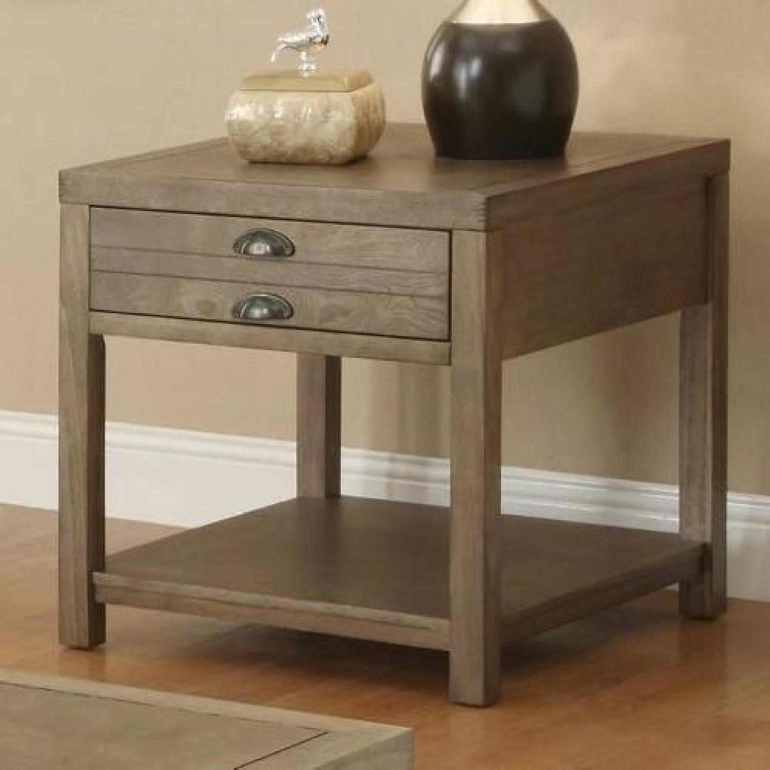 Drirtwood Craftman End Table-0