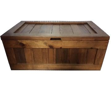 This End Up Storage Chest