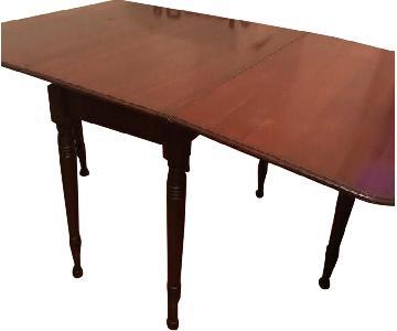 Antique Cherry Wood Gate-Leg Table