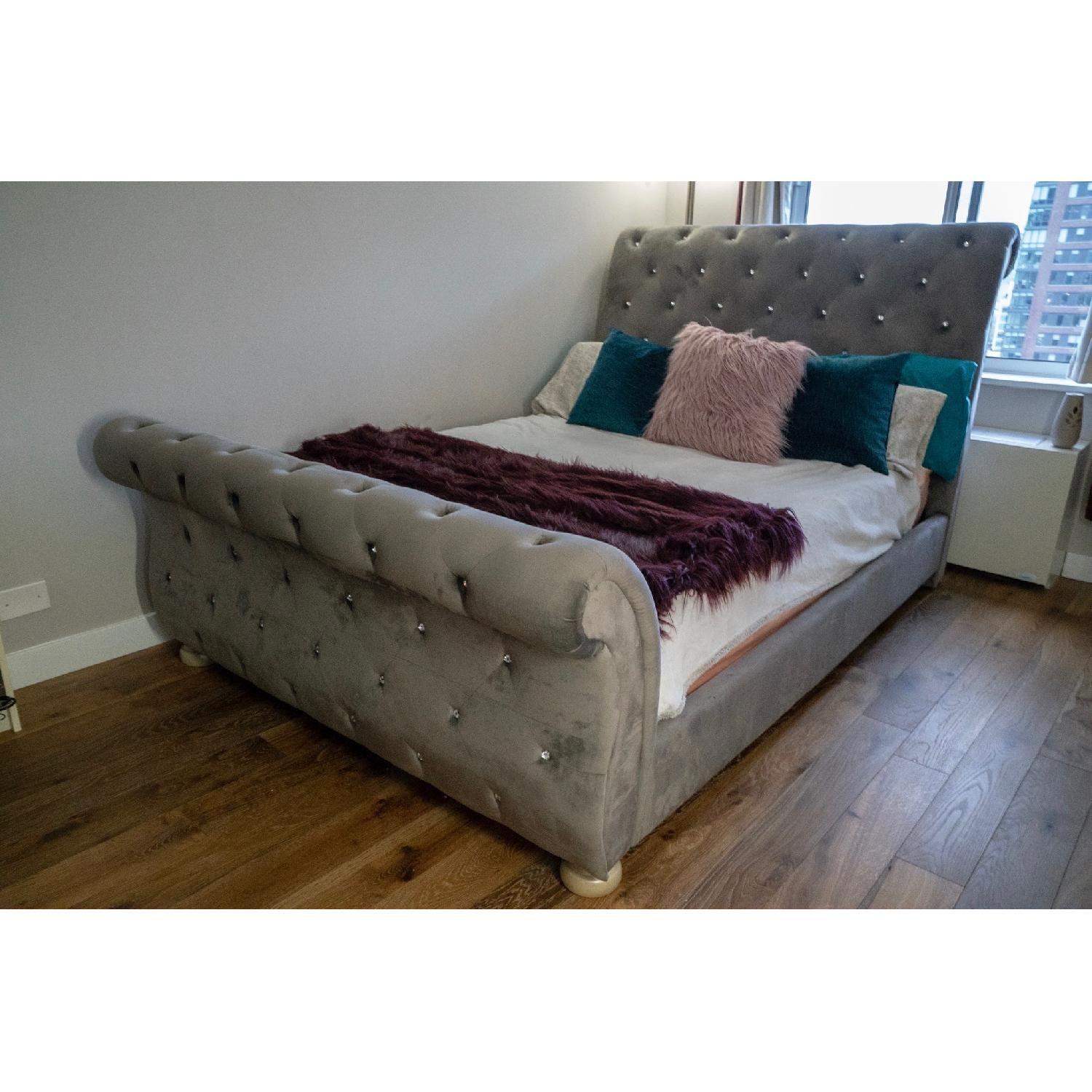 Ashley Cassimore Queen Upholstered Bed - image-2