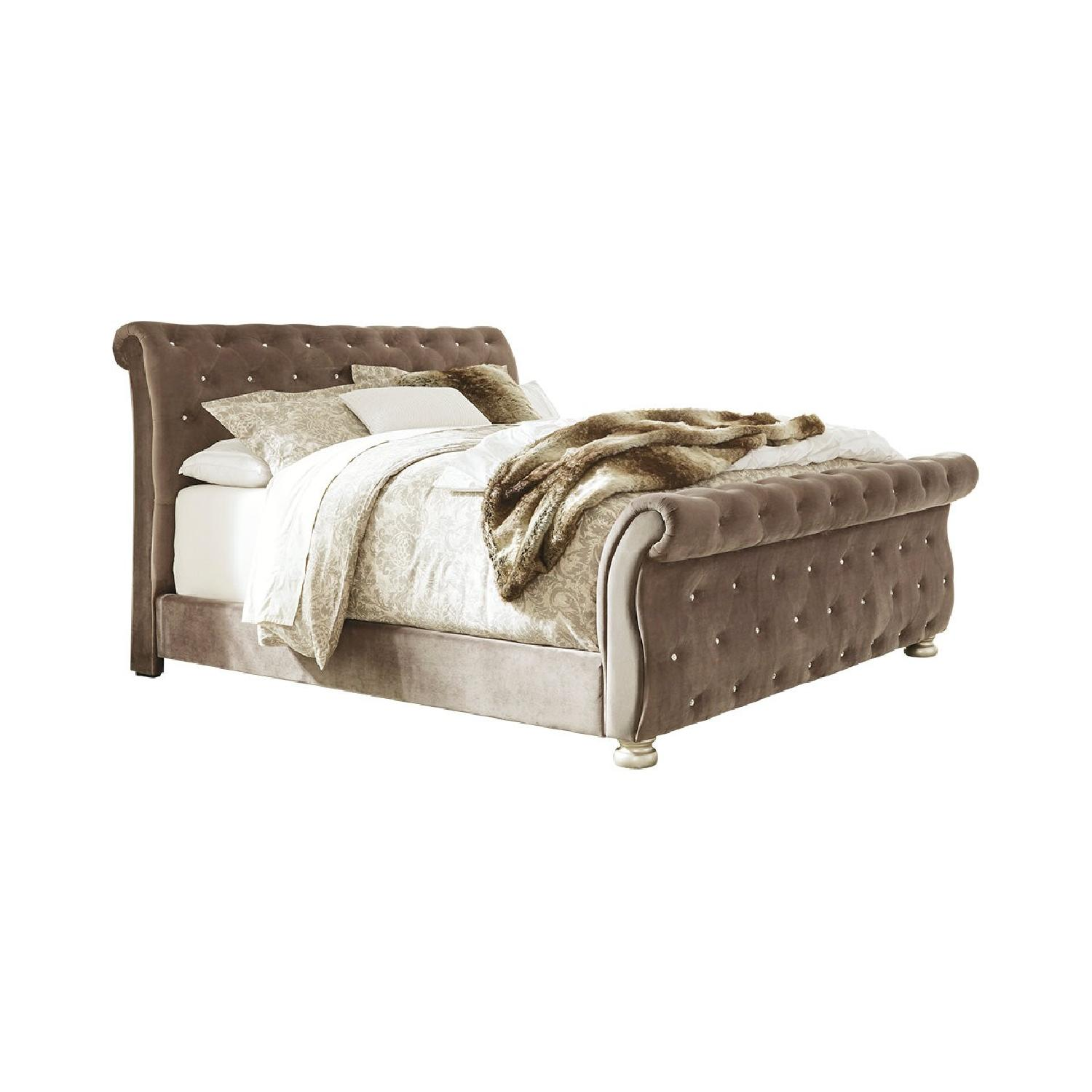 Ashley Cassimore Queen Upholstered Bed - image-0