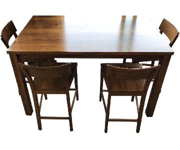 Room & Board Andover Walnut Table w/ 4 Stools