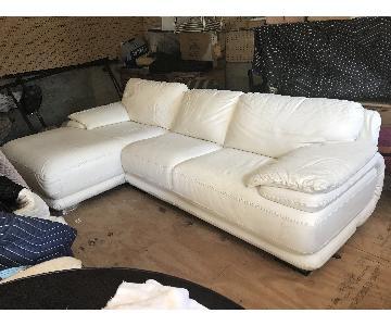 Modani White Leather 2-Piece Sectional Sofa