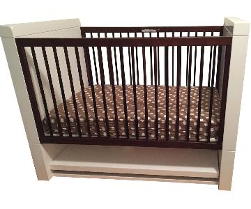 Netto/Maclaren Moderne Crib w/ Fixed Sides in Ebony Stained Ash