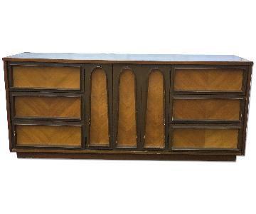 Vintage Sculpted Front Bedroom Dresser