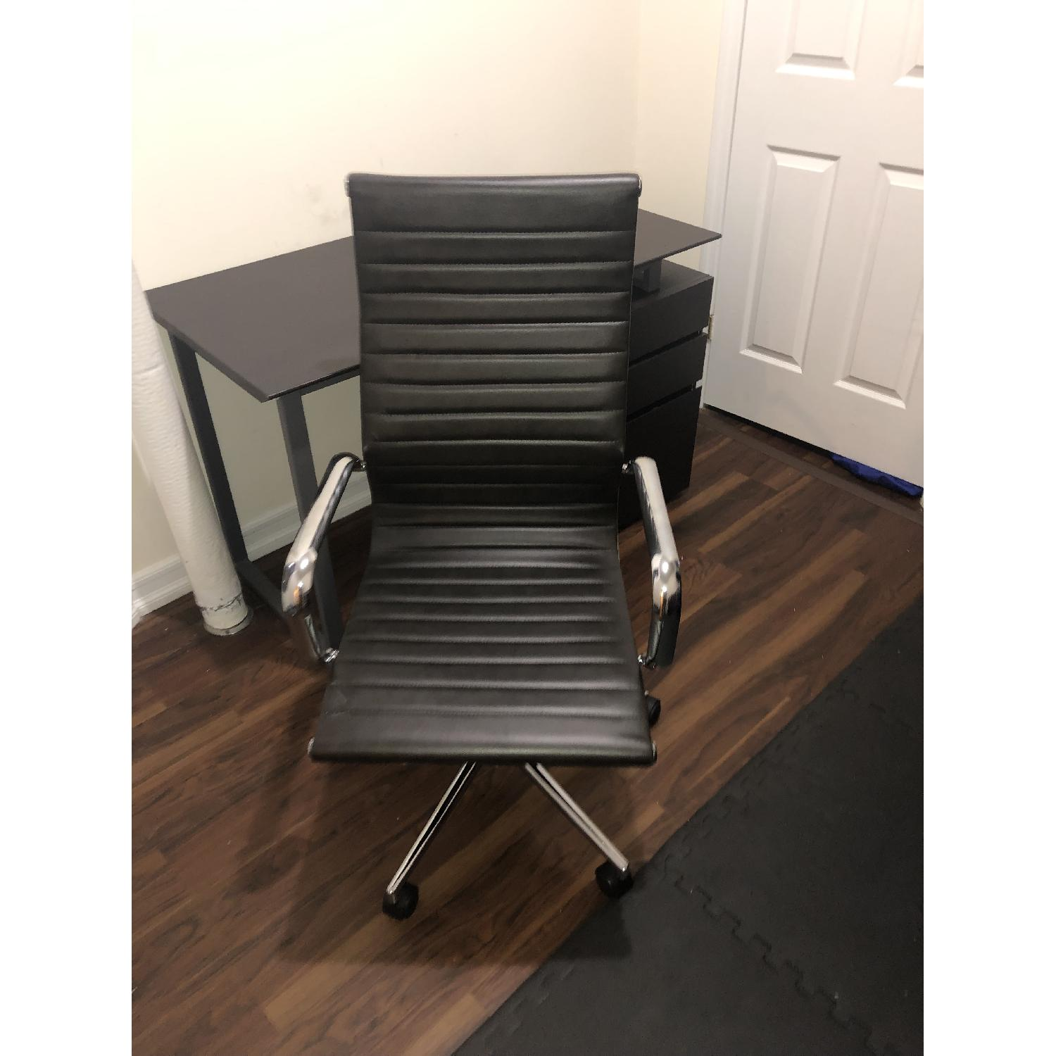 Flash Furniture High Back Leather Office Chair - image-1