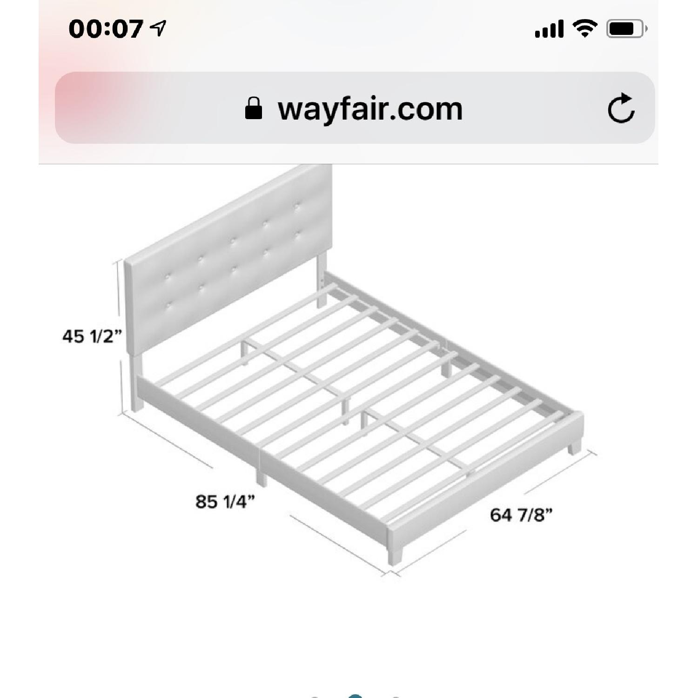 Kennial Button Upholstered Platform Bed - image-4