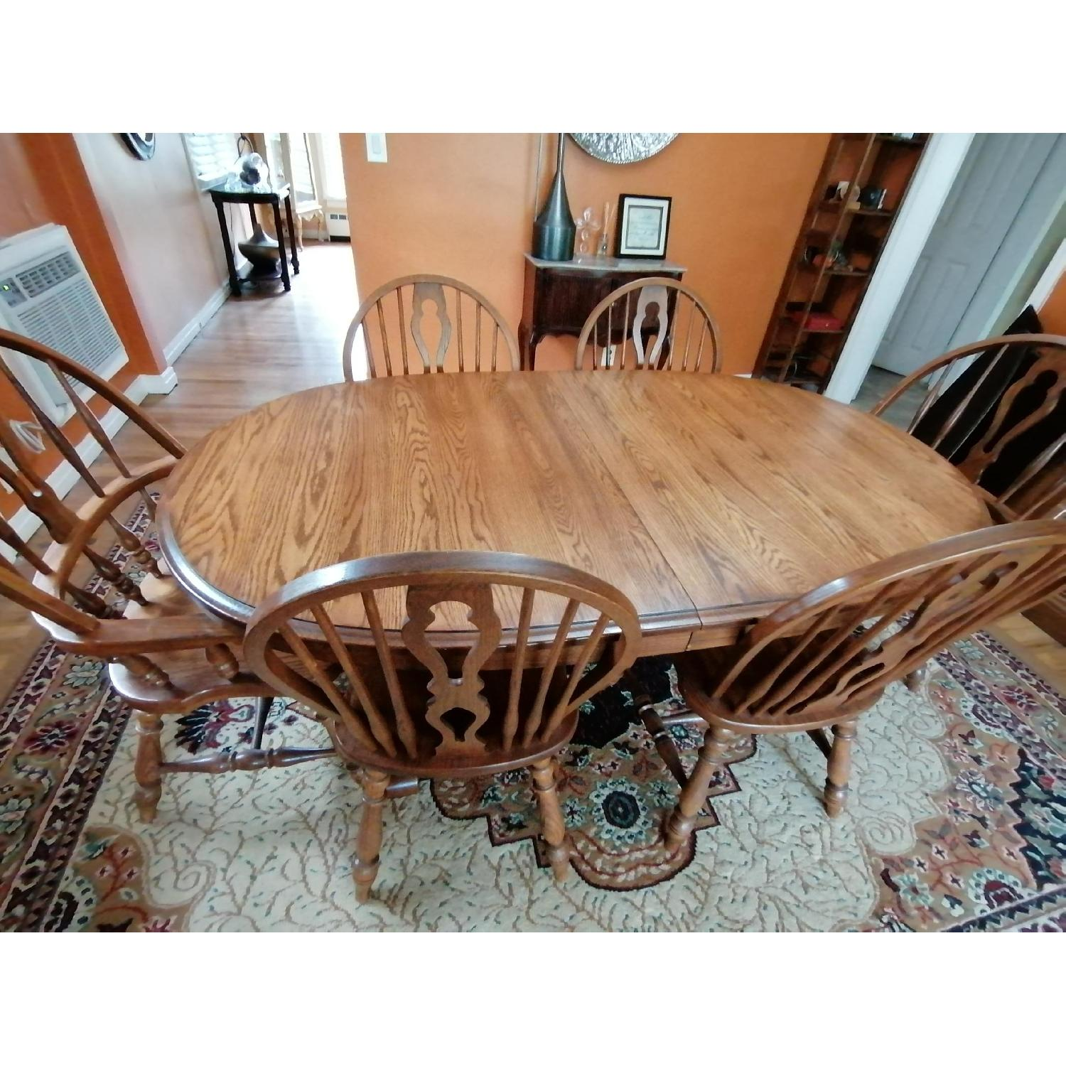 Raymour & Flanigan Extendable Dining Table w/ 6 Chairs - image-1