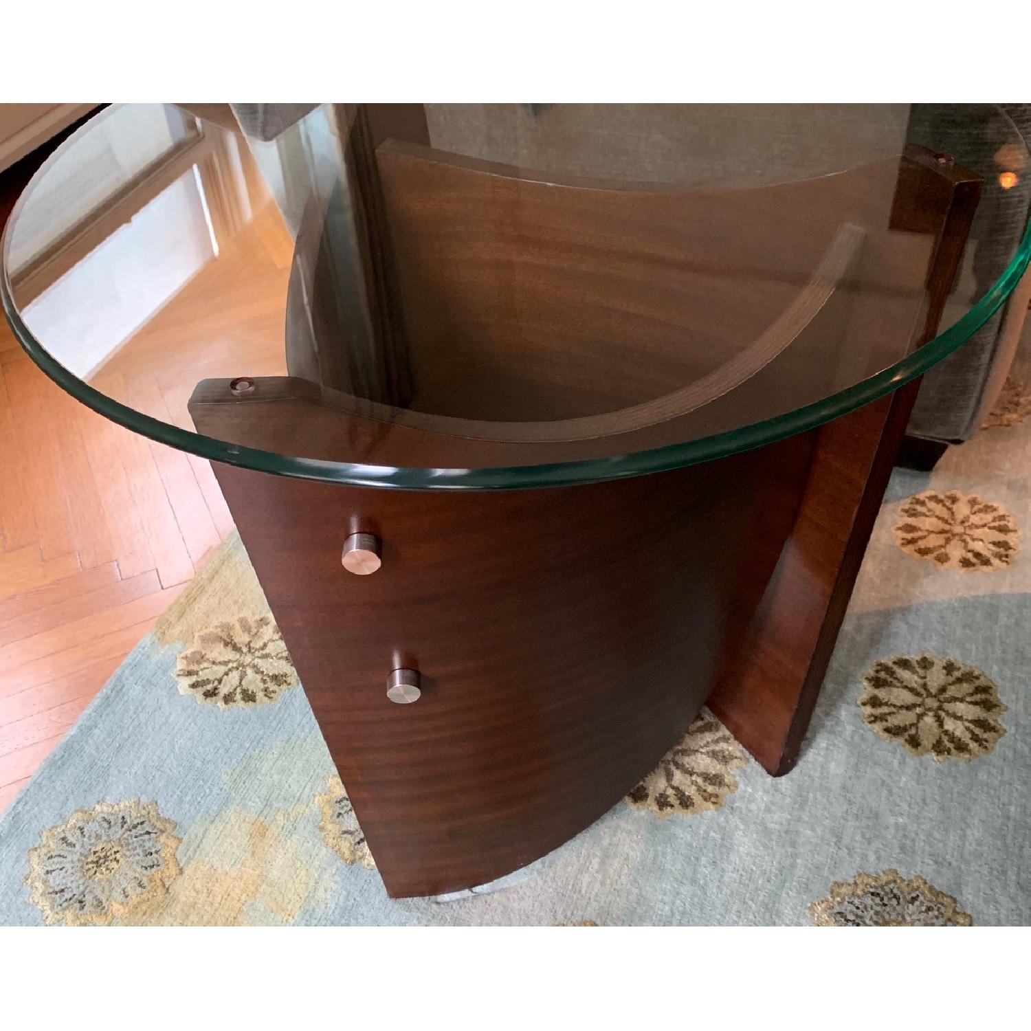 Raymour & Flanigan Contemporary End Table - image-3
