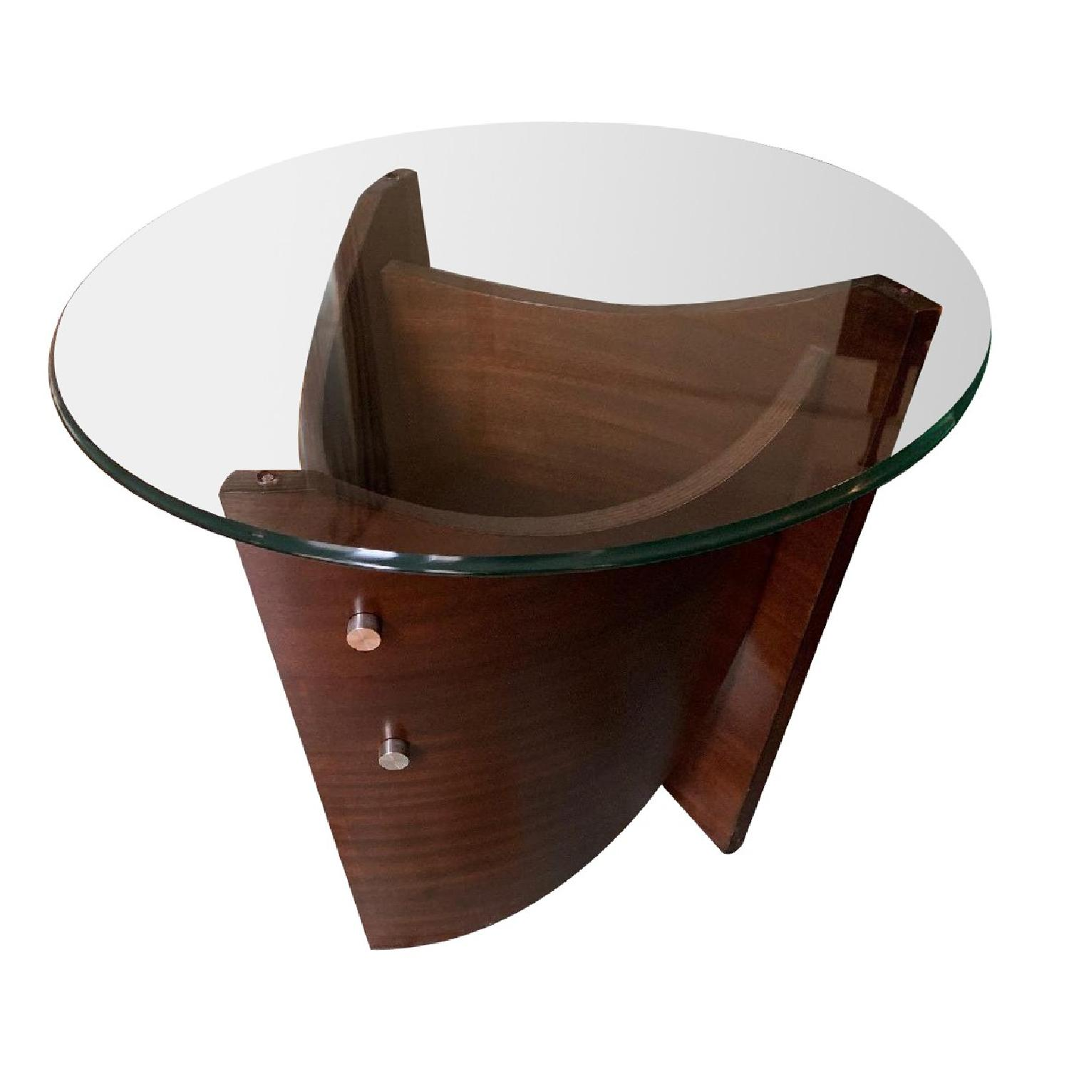 Raymour & Flanigan Contemporary End Table - image-0