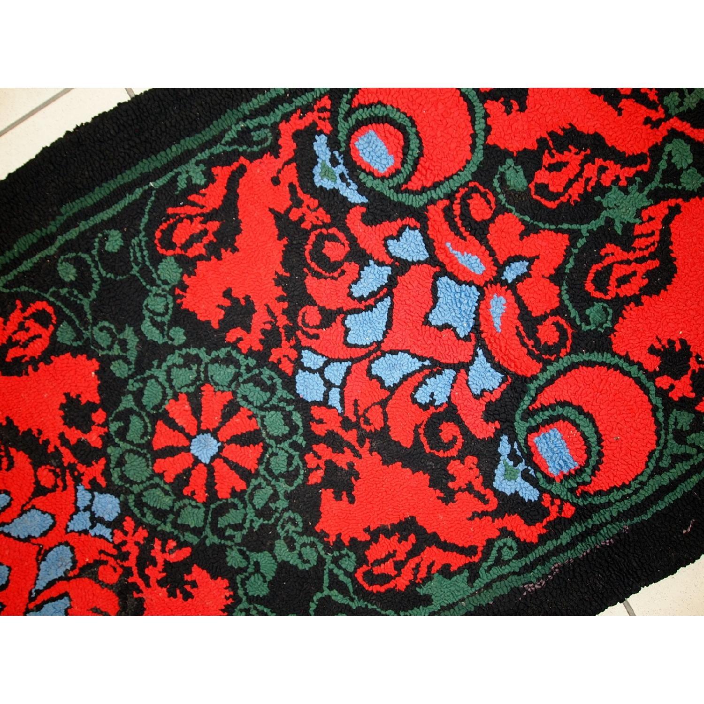 Antique Handmade American Hooked Rug - image-7