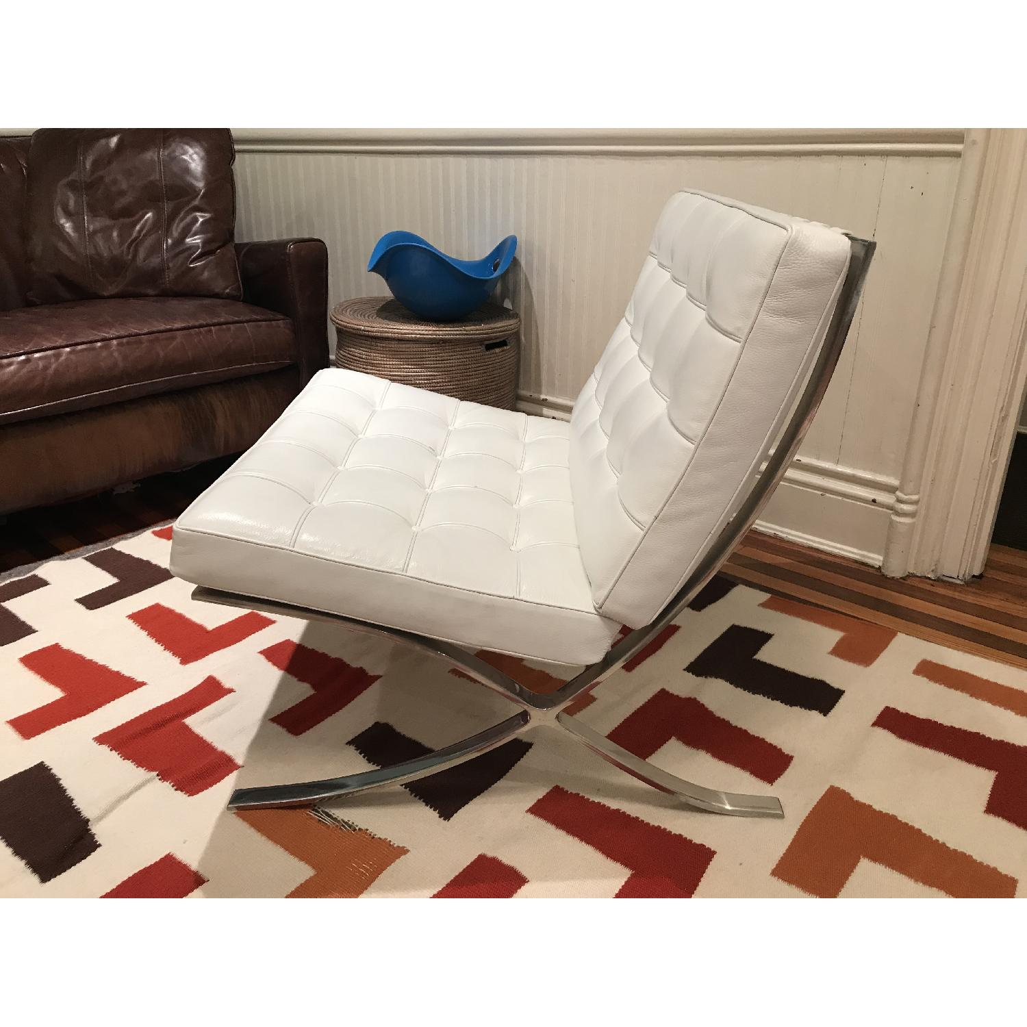 White Leather Barcelona Replica Chairs - image-4