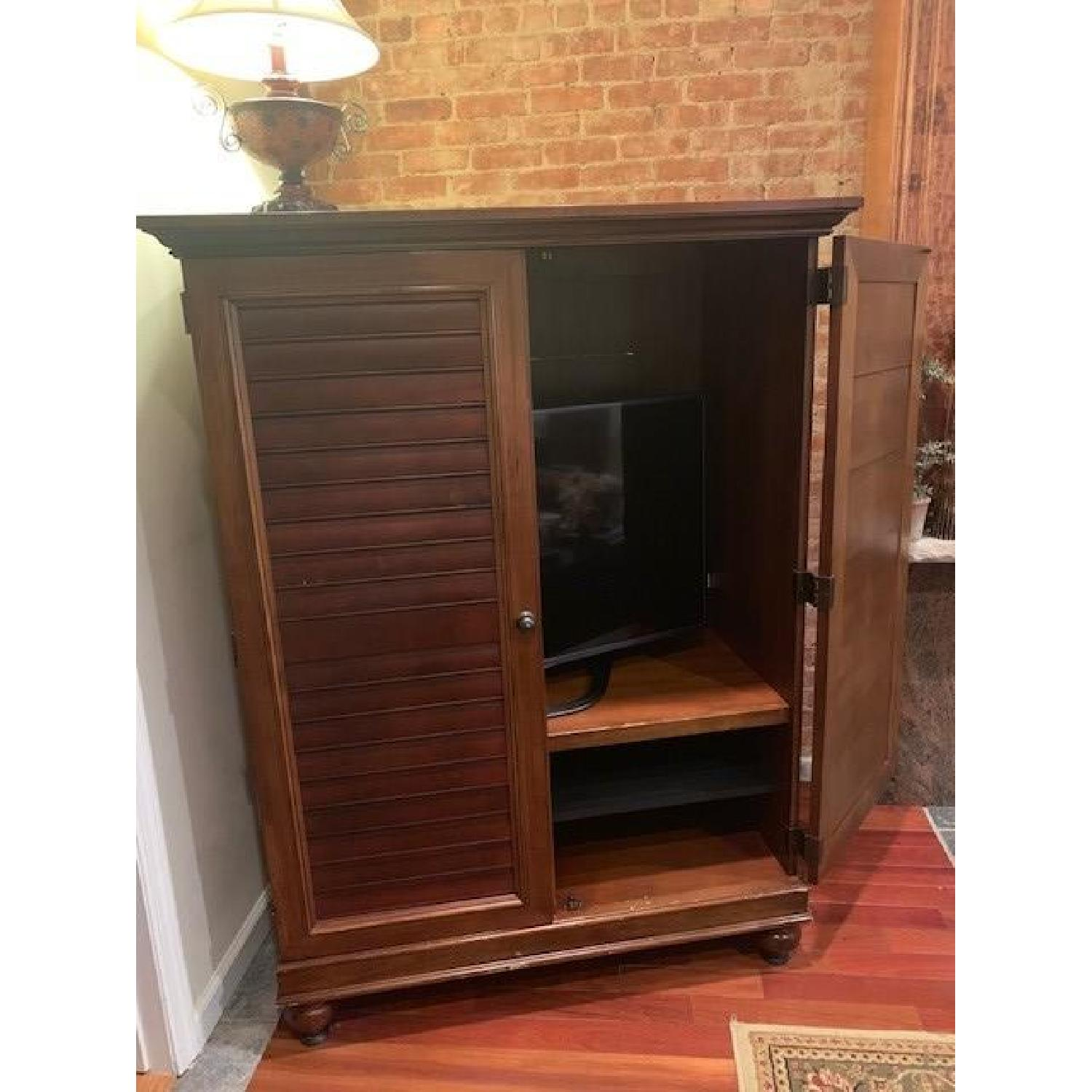 Hooker Furniture Media Cabinet/Armoire in Mahogany Finish - image-8