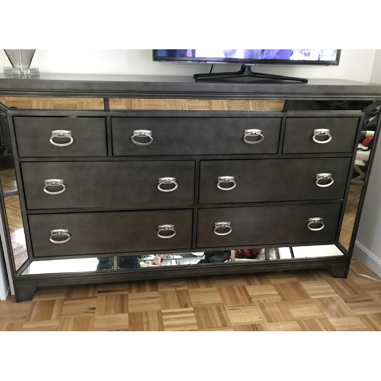 Avalon Furniture Lenox Platinum 7 Drawer Dresser - image-4