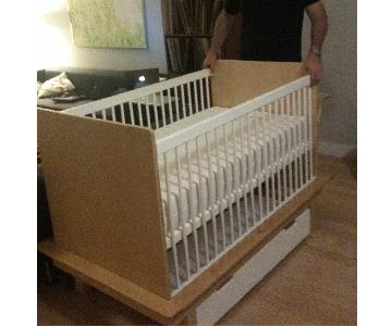 Argington Sahara Crib w/ Toddler Bed Conversion Kit