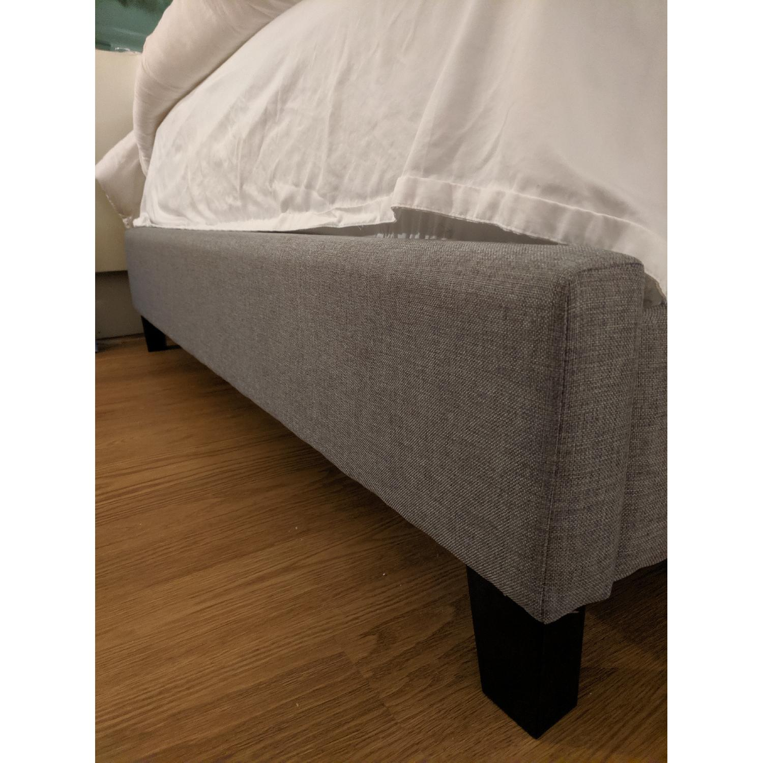 Charlton Home Brookby Place Upholstered Platform Full Bed