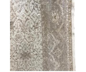 Silvery Beige Patterned Carpet