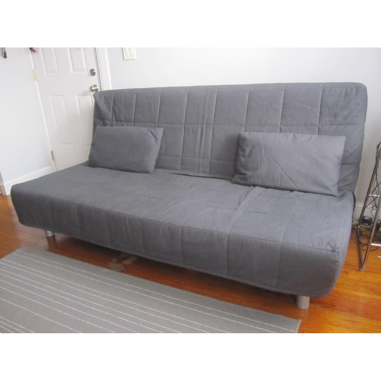 used sleeper sofas for sale in nyc aptdeco. Black Bedroom Furniture Sets. Home Design Ideas