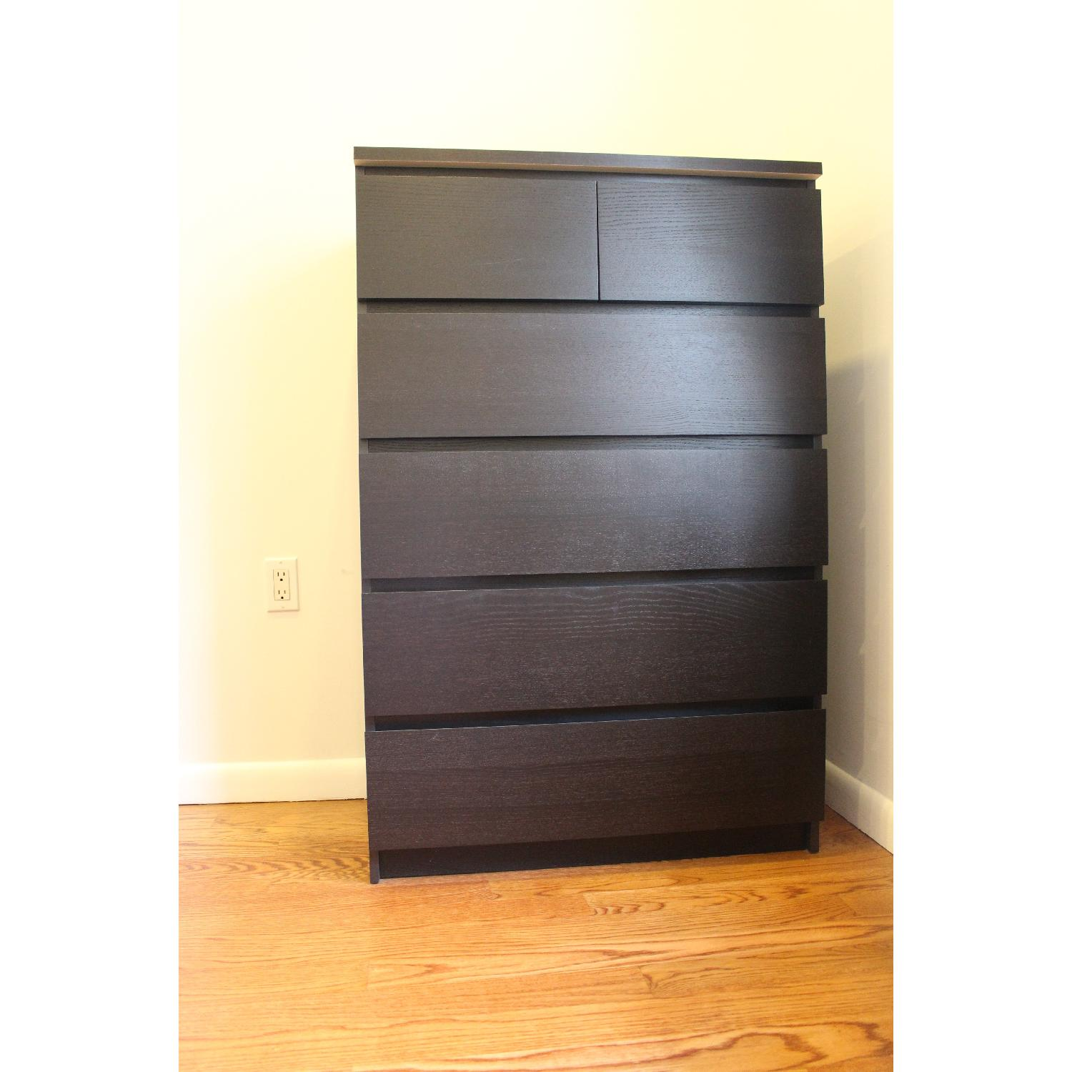 Used dressers for sale in nyc aptdeco for Ikea black malm