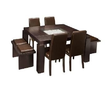 Raymour & Flanigan Cortland Place 7-Piece Dining Set