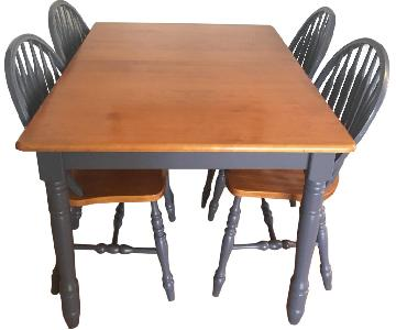 Wood Expandable Dining Table w/ 4 Chairs