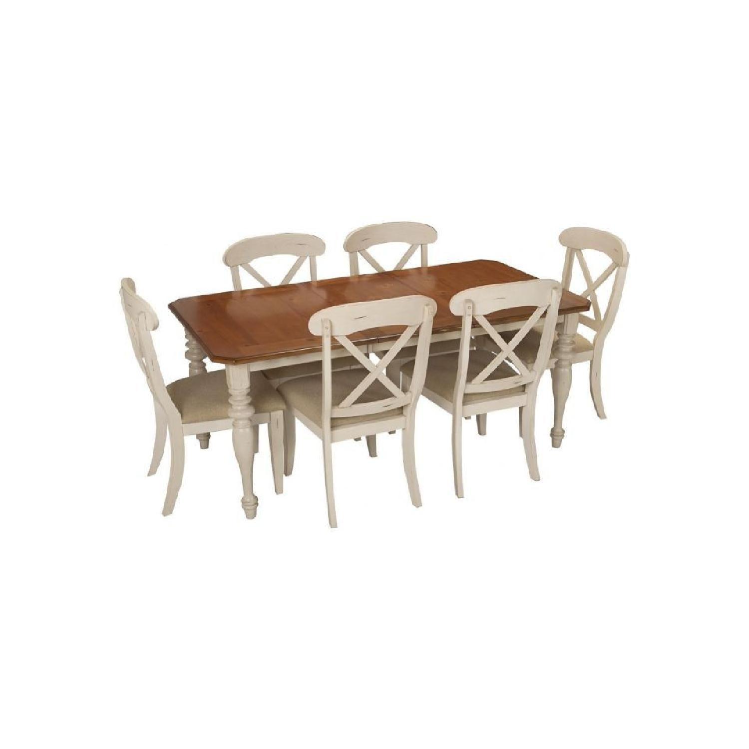Raymour & Flanigan Modern Wooden 7-Piece Dining Set