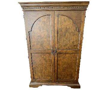Howard Miller Wine & Spirits Cabinet