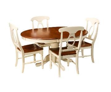 Raymour & Flanigan Kenton 5 Piece Dining Set