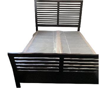 Queen Size Bed Frame w/ Headboard & Footboard