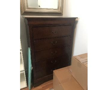Raymour & Flanigan 5-Drawer Bedroom Chest