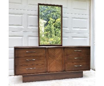 Lane Mid-Century Modern Dresser w/ Mirror