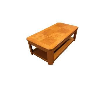 Raymour & Flanigan Lift Top Coffee Table